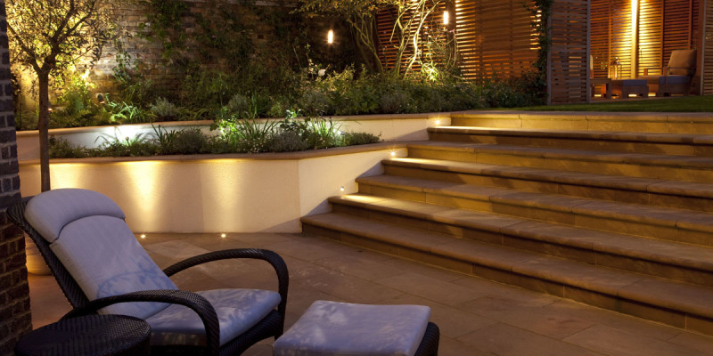 John-Cullen-garden-exterior-outdoor-lighting-03